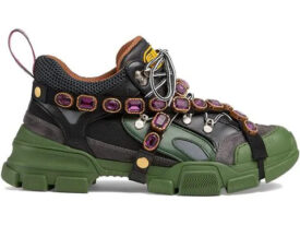 Novità moda 2020: scarpe alla moda scontate